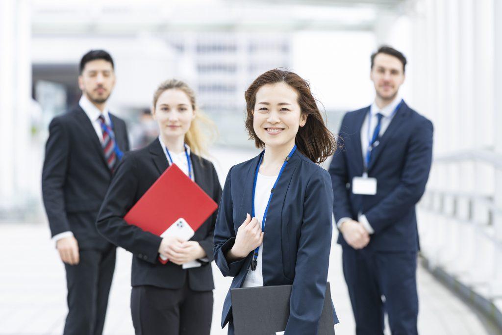 労務と社会保険のプロになろう|社会保険労務士の資格とは