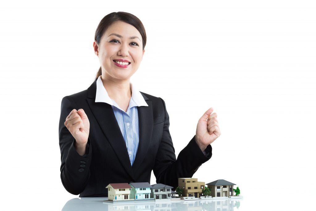 宅地建物取引士とは|不動産業界、金融業界でも活躍できる