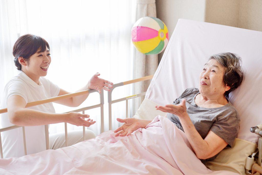 介護福祉士実務者研修とは | 国家資格・介護福祉士への登竜門